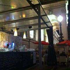 Das Foto wurde bei Café Leopold von Danil K. am 7/4/2012 aufgenommen