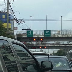Photo taken at แยกวังหิน (Wang Hin Intersection) by Pairoj T. on 6/3/2013