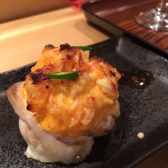 Photo taken at Makoto Sushi by reigny on 3/8/2015
