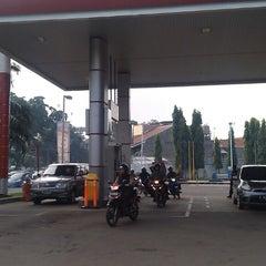 Photo taken at SPBU Pertamina 34.13414 by Fungki A. on 5/14/2013