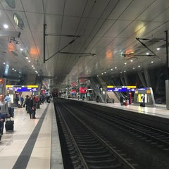 Photo taken at Frankfurt (Main) Flughafen Fernbahnhof by Maximilian R. on 10/23/2015