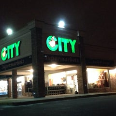 Photo taken at City Supermarket Irvington by Abdullah Yilmaz T. on 2/3/2014