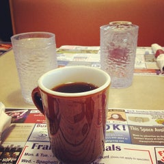 Photo taken at Flap Jack Restaurant by benny V. on 1/30/2014