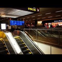 Photo taken at Concourse N Terminal by Kashiwaya K. on 10/12/2012