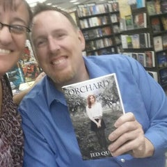 Photo taken at Barnes & Noble by Lyndee C. on 8/1/2015