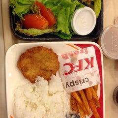 Photo taken at KFC by Renz B. on 6/18/2013
