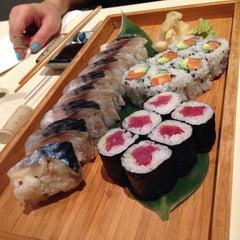 Photo taken at Linn Japanese Restaurant by Forrest on 12/27/2013