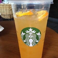 Photo taken at Starbucks by Johanah I. on 7/1/2013