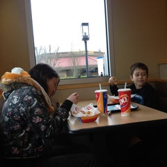 Photo taken at Dairy Queen by Diane D. on 1/18/2014