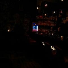 Das Foto wurde bei Le Shot Bar von David am 3/2/2013 aufgenommen