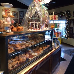 Photo taken at Ambrosia Patisserie by Carlos R. on 12/14/2013