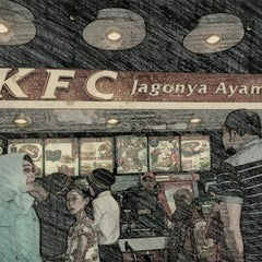 Photo taken at KFC by BuLis  on 1/20/2013