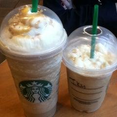 Photo taken at Starbucks by Yoshida E. on 7/8/2013