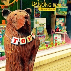 Photo taken at Dancing Bear Toys and Gifts by Austin on 6/14/2015