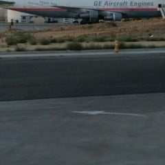 Photo taken at Southern California Logistics Airport (VCV) by edward l. on 9/7/2015