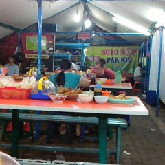 Photo taken at Soto Neon, Brumbungan,Semarang by Laalaa A. on 6/13/2013