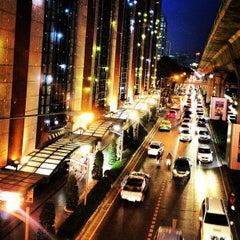 Photo taken at Central Chidlom (เซ็นทรัล ชิดลม) by TiTii E. on 12/21/2012