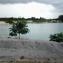 Photo taken at Tambang Kaolin, Belitung by Esti A. on 11/17/2012