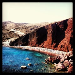 Photo taken at Κόκκινη Παραλία (Red Beach) by Arlen V. on 7/23/2013
