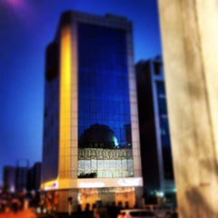 Photo taken at جامع أبي بكر الصديق by Mohsin A. on 3/1/2013