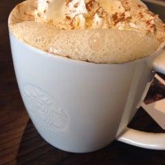 Photo taken at Starbucks by Gareth on 9/13/2014