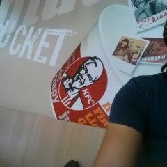 Photo taken at KFC by Rayan C. on 4/21/2014