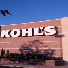 Photo taken at Kohl's by Rick S. on 11/24/2013