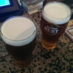 Photo taken at The Golden Acorn (Wetherspoon) by Dean S. on 6/6/2013