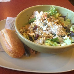Photo taken at Panera Bread by Apryl T. on 12/15/2013