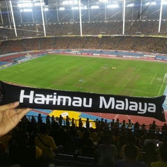 Photo taken at Stadium Nasional Bukit Jalil by Rose Arienah on 12/9/2012