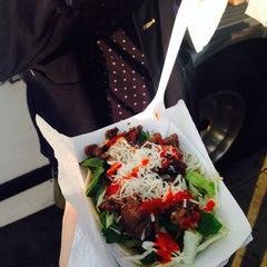 Photo taken at Calbi Korean BBQ by Inhee C. on 5/26/2014