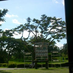 Photo taken at Canlubang Golf Club by Takahiro I. on 9/7/2014
