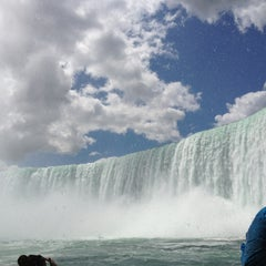 Photo taken at Maid Of The Mist - Canada entry by Yukio K. on 8/5/2013