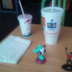 Photo taken at McDonald's by Ali S. on 9/12/2014