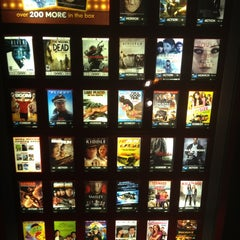 Photo taken at Redbox by VisuaLStimuluS A. on 3/4/2013