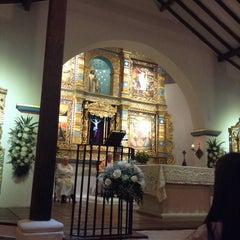 Photo taken at Iglesia La Niña María by Gustavo D. on 8/16/2014