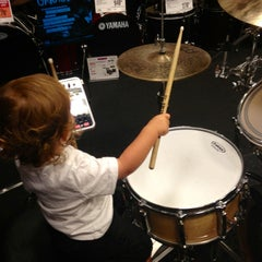 Photo taken at Guitar Center by Emily S. on 9/6/2013