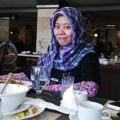 Photo taken at Hotel Banjarmasin International (HBI) by Abie O. on 9/3/2014