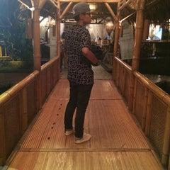 Photo taken at Restoran Istana Bambu by Ved Hvni  on 10/13/2015