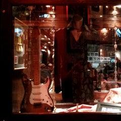 Photo taken at Hard Rock Cafe Niagara Falls USA by Konstantin S. on 5/26/2013