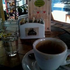 Photo taken at Trem Expresso Café e Bistrô by Hamilton J. on 6/7/2013