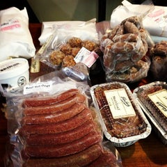 Photo taken at Fleisher's Grass-Fed and Organic Meats by michael k. on 1/12/2013
