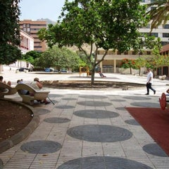 Photo taken at Residencial Anaga by Distrito Centro-Ifara on 6/6/2013