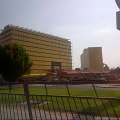 Photo taken at Ramada Intersection | تقاطع رامادا by Inah M. on 10/19/2012