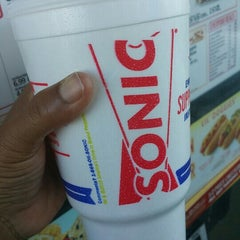 Photo taken at SONIC Drive In by Dez L. on 9/10/2015