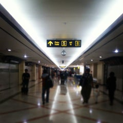Photo taken at Gate 6 by Farihin A. on 9/21/2013