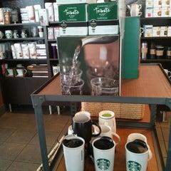 Photo taken at Starbucks by Raul P. on 4/11/2013