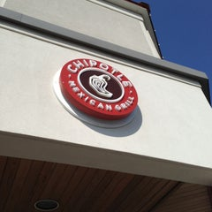 Photo taken at Chipotle Mexican Grill by Jaime P. on 4/10/2013