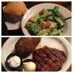 Photo taken at Texas Roadhouse Grill by Kaleigh I. on 7/12/2013