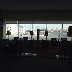 Photo taken at Premium Lounge by Ibrahim A. on 5/25/2014